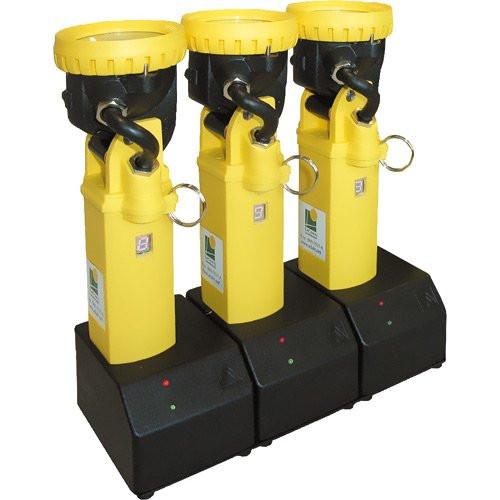 ADALIT® Ladegerät für 3 ADALIT® L2000 / L3000 - Spannung: 220 / 240 Volt